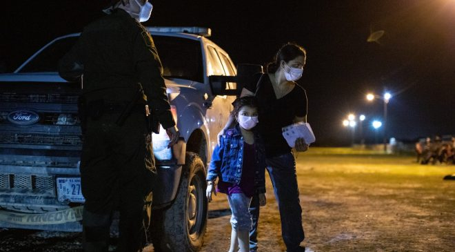 Migrants turned themselves in to Customs and Border Protection officials to be processed in hopes of applying for asylum near La Joya, Texas, on August 7, 2021. (Kaylee Greenlee – Daily Caller News Foundation)